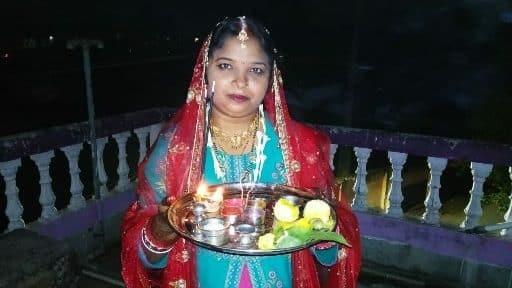 Photo of करवा चौथ : पति की लंबी उम्र की कामना लिए सुहागिनों ने रखा व्रत